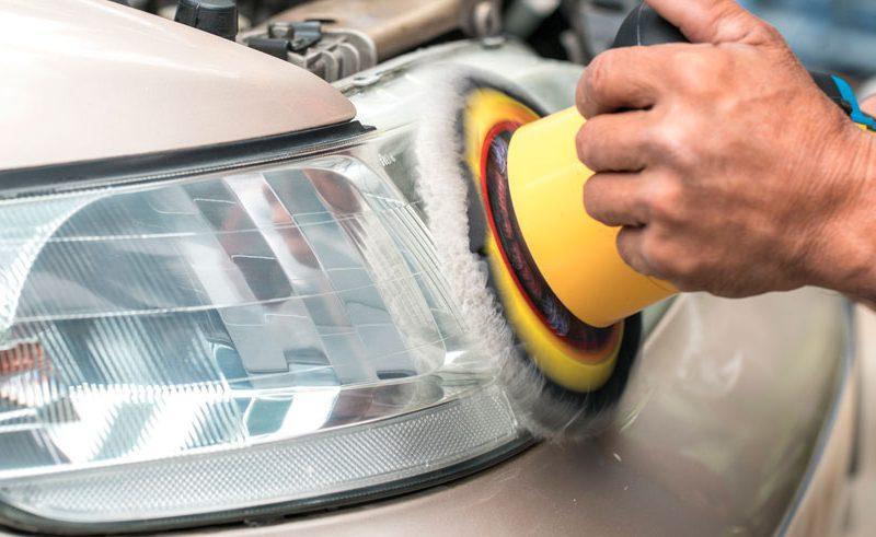 pulir los faros de tu coche